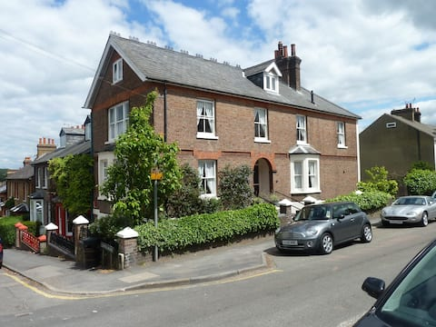 Modern Victorian in the Heart of Berkhamsted