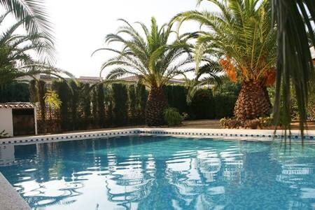 Finca mit Pool und Traum Meerblick - Cautivador