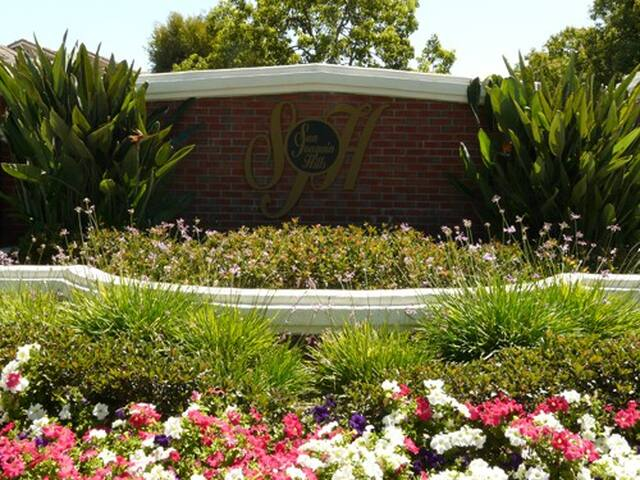 Room for rent in exclusive & guared - Laguna Niguel - Casa