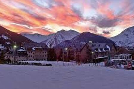APTO. BOI TAÜLL,pistas esqui,zona Pla de la Ermita - Taüll - Appartement