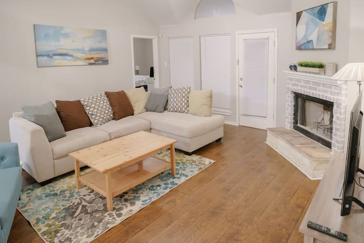 Quiet, Sweet and Smart Home, Close to AT&T Stadium