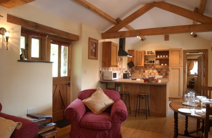 Cantref Coach House (Self Contained Cottage) - Brecon - Apartamento