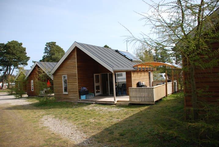 House, Hut for 8 persons, hytte med 8 sovepladser - Hanstholm - Mökki