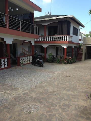 Casa Elisa apt4  80 mts 2 bed/r 1 bath/r 6 people