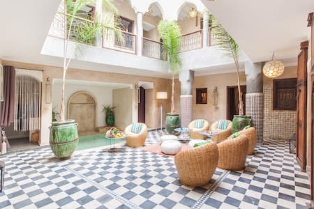 Riad chic privatisé piscine&WIFI - Marrakesh - Rumah