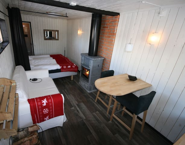 Wilderness Suite (left)