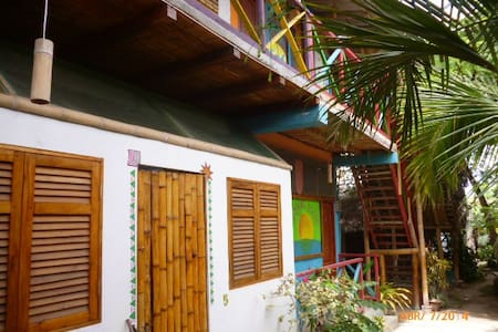 Room 5- Private WC, WiFi - Manglar Alto