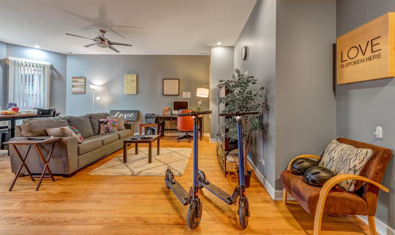 Sleeps 8 Parking Breakfast Sushi Wine Smoothies - Early Check-In And Late Check Out ! $10 Off 你好 שלום مرحبا Hola Bonjour Привет Kamusta Perfect For Big Families, Groups & Students Apt. 1S