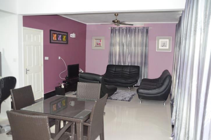 Sun Villa- Tulip (2 bedroom apart) - Mont  Choisy - Apartment