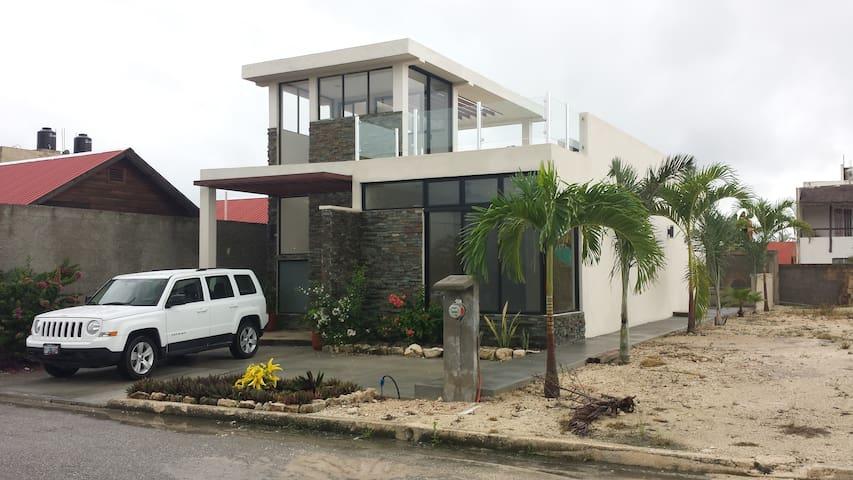 Casa De Oro.c/new home vacation rental