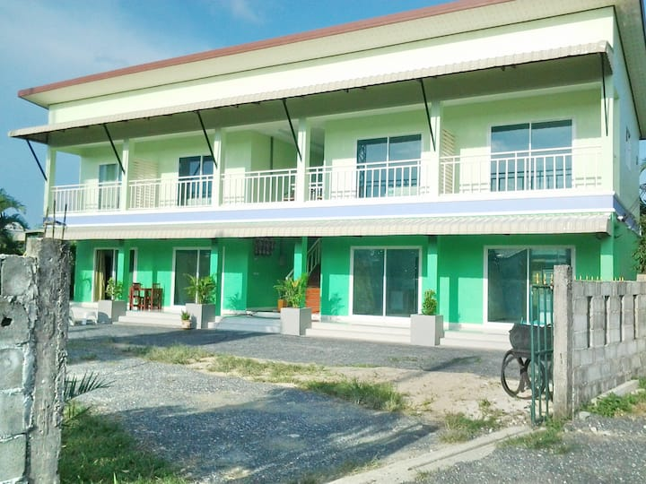 PS 35 203 Apartment, 3 km to the beach