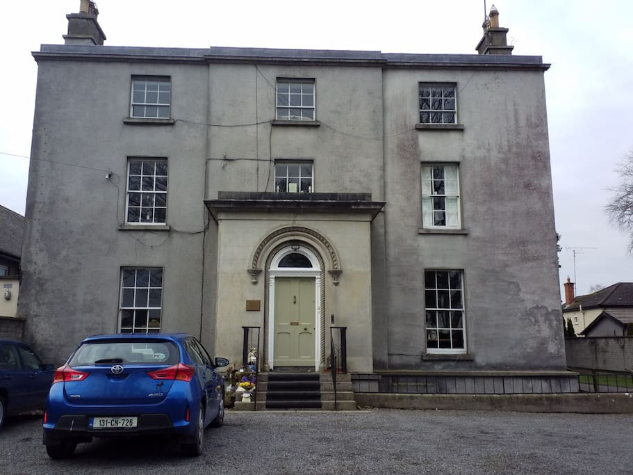 The old rectory loman st Trim Family Room Accommodation