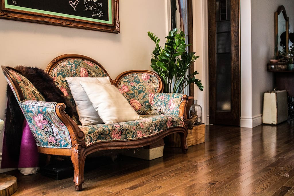 A vibrant and comfy chair to read a book on, drink a coffee, or call an über before a night out on the town.