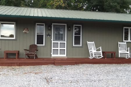 2br 1ba cabin on creeper trail - Casa