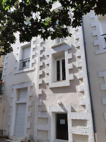 Appartement centre-ville POITIERS avec parking