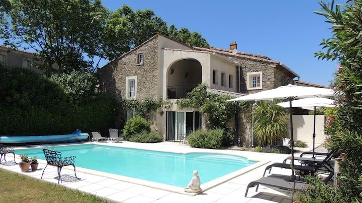 Villa confortable, piscine, 3ch/3sdb, airco, wifi
