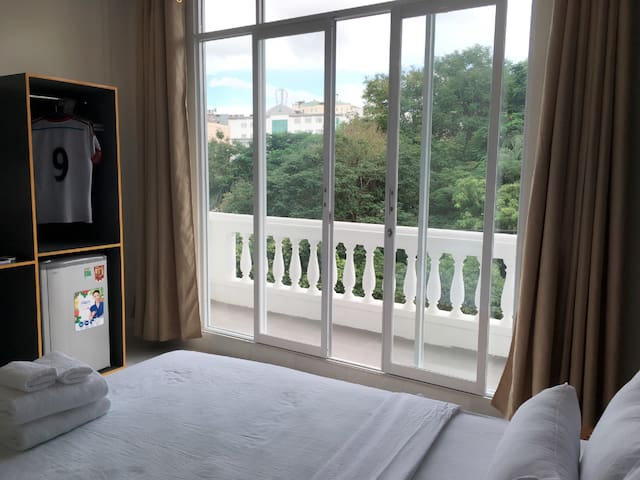Double bed with in the park - Hồ Chí Minh - Bed & Breakfast