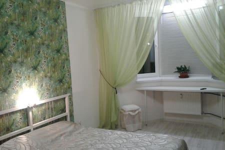 Уютная Квартира в новом доме рядом с икея - Kudrovo