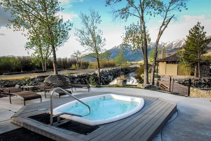 Outdoor Hot Springs & Pool. Surrounded by Mountains. Historic Resort.