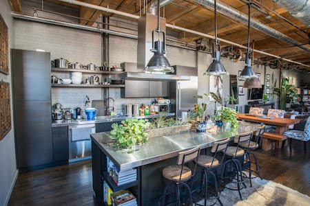 Amazing Wicker Park Warehouse!!!! - Chicago - Loft