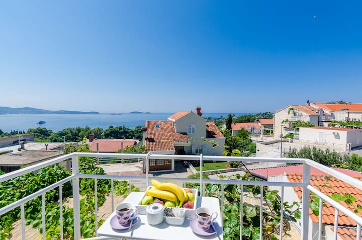 New Charming Studio with Sea View near Dubrovnik
