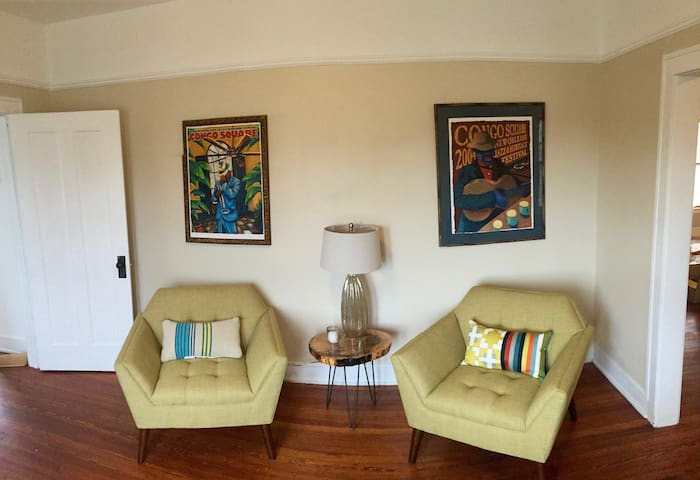 Sunny, Safe and Conveniently Located 2 bedroom - New Orleans - Apartemen