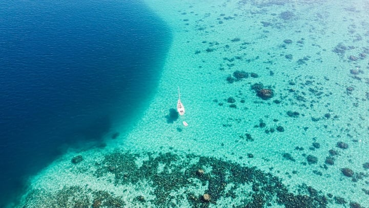 Huahine lagoon dreams