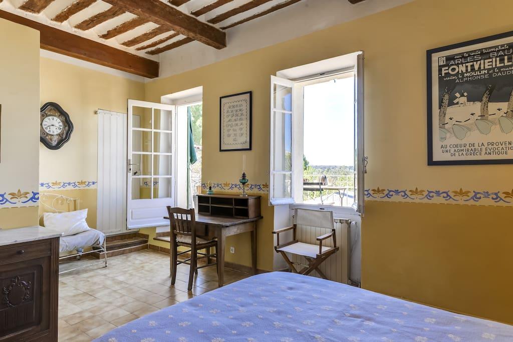 Chambre Picholine, côté terrasse privée