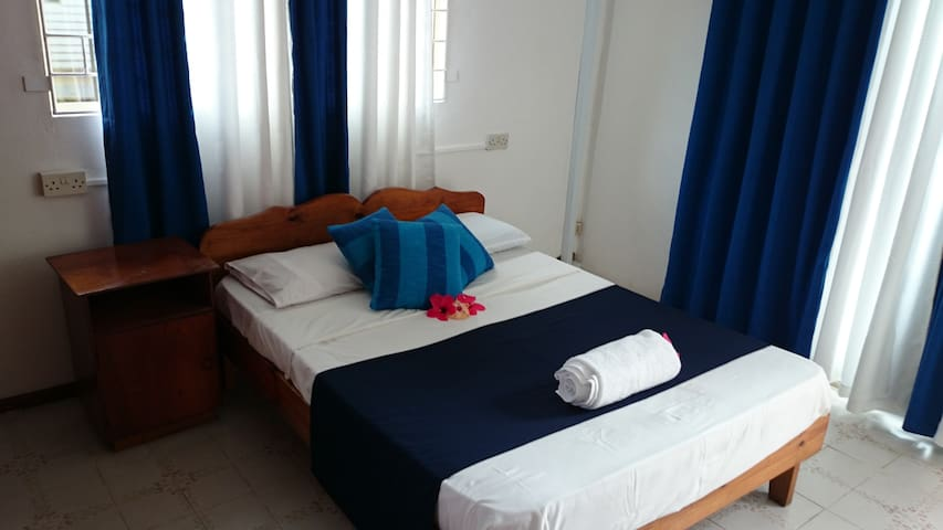 C'est Mon Choix Hotel Room 4 - Grand Anse