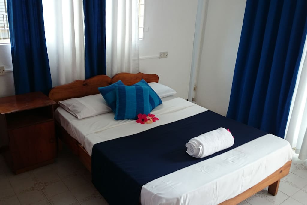 C 39 est mon choix double room with breakfast bed and for Site choix hotel