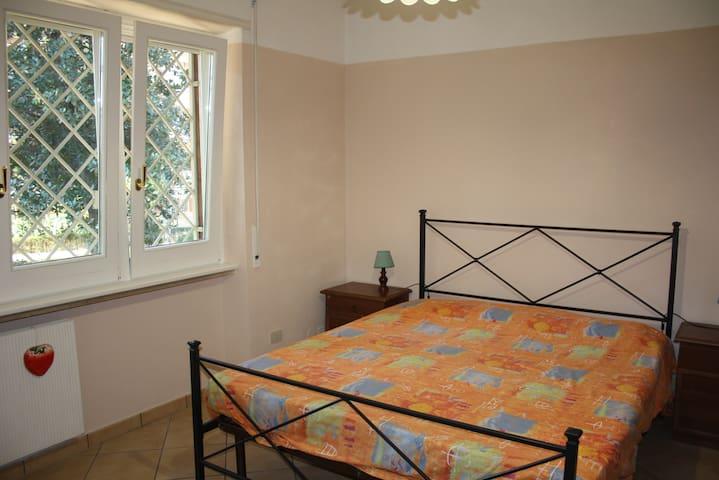 Double room near Via Portuense