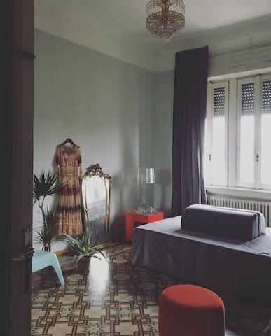 Cozy vintage flat