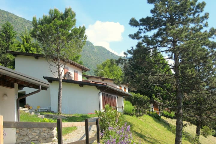 Cozy Holiday Home in Anfo near Lake Idro