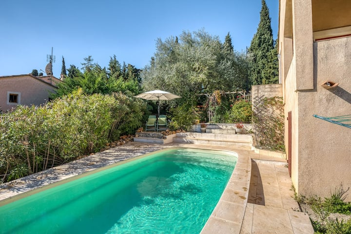 Delightful Villa in Montouliers with Private Swimming Pool