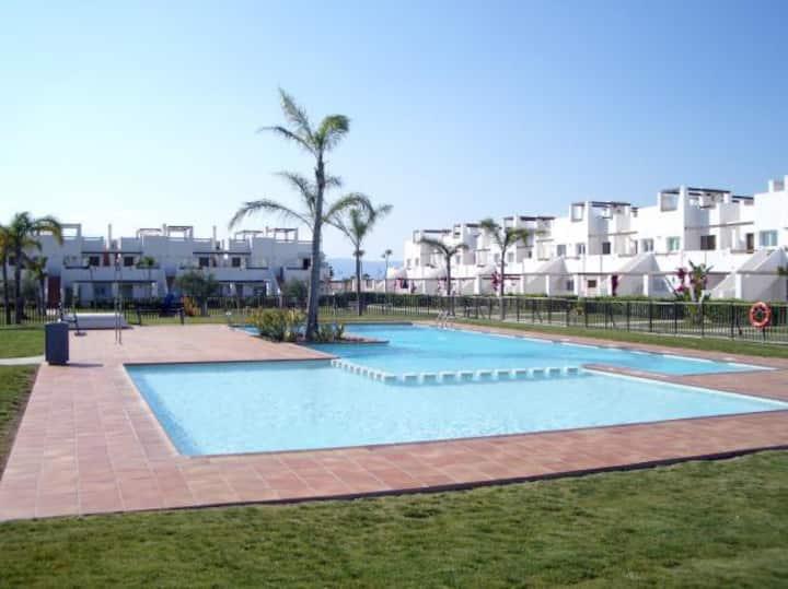 Piscina playa relax golf Apartamento Condado