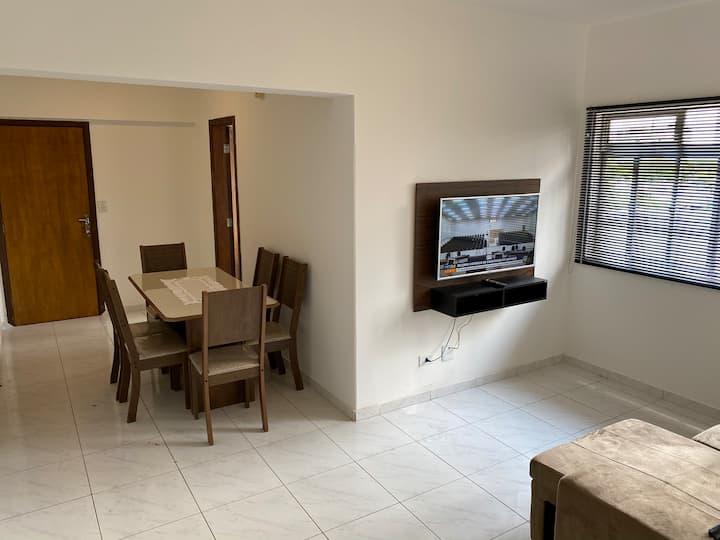 Apartamento no centro reformado com mobília nova