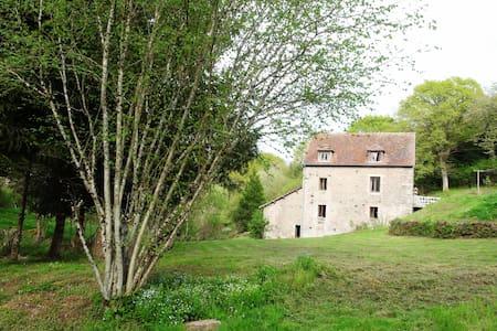 La Louviere au Moulin en Morvan - Montlay-en-Auxois