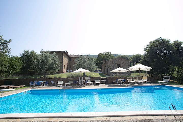 "THE ""STABLES"" AT PODERE SAN DONATO - Pergine Valdarno - Apartment"