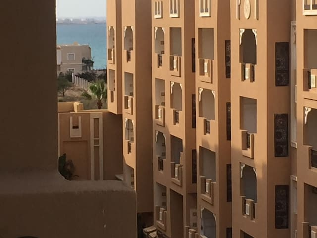 Immeuble avec plusieurs appartements à: Sousse