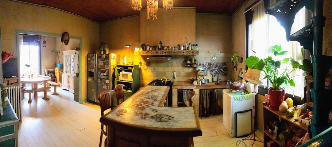 Grande Chambre - Collocation dans Maison d'artiste