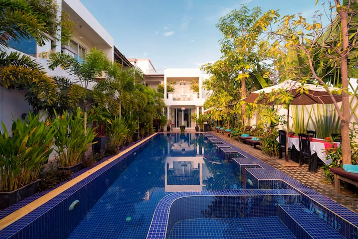 Private Family Best traveler choice-Free pick up - Krong Siem Reap - Apartament