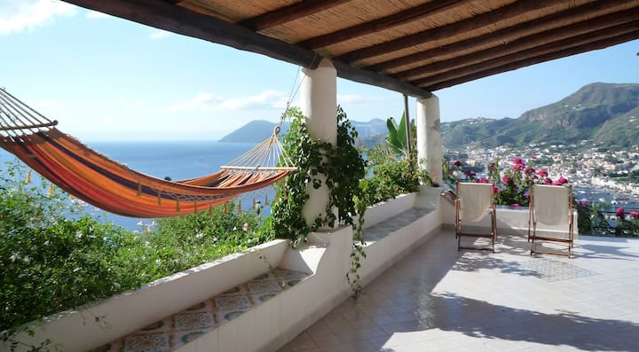 Unique & panoramic villa sea view & garden
