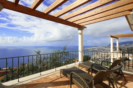 Luxury two bedroom sea view apt - Sao Goncalo
