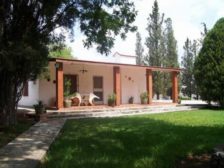 Quinta La Macarena. Casa de campo con alberca.