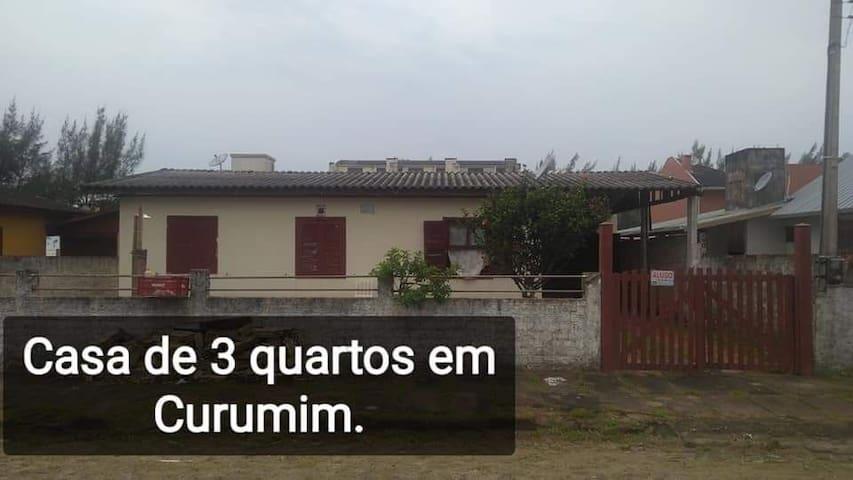 CASA EM CURUMIM