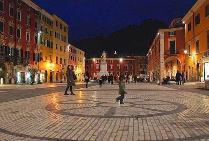 Pretty house in the heart of Carrara