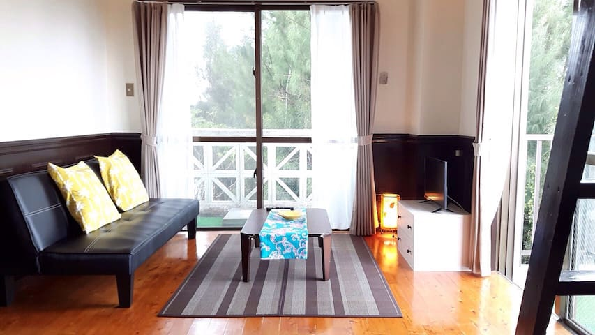 ☆Close to the sea! Hawaiian style condo☆ 3F corner - Kunigami-gun - Appartement
