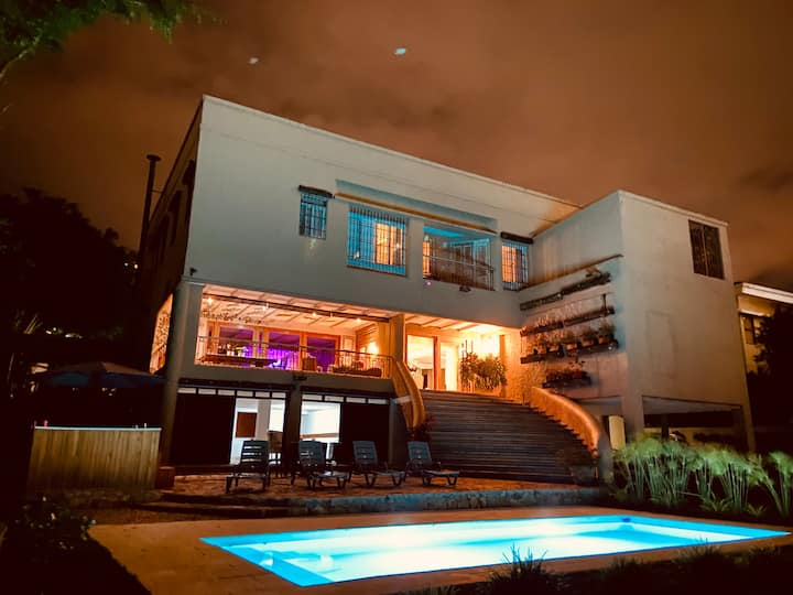 Best Mansion Pool & Jacuzzi in Medellin Poblado