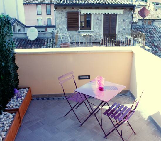 Camera Indaco - Sirmione - Bed & Breakfast