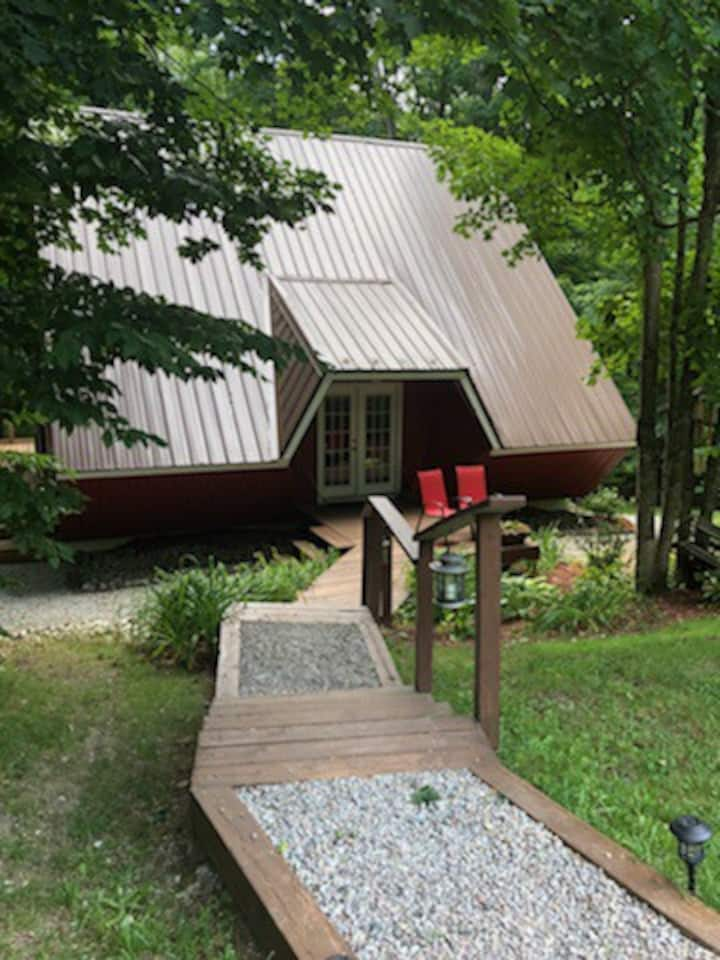 Beautiful Chalet Style Home in Sugarbush!